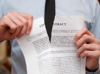 Umowa o świadczenie usług – możliwość wyłączenia ustawowego prawa konsumenta do odstąpienia od umowy.